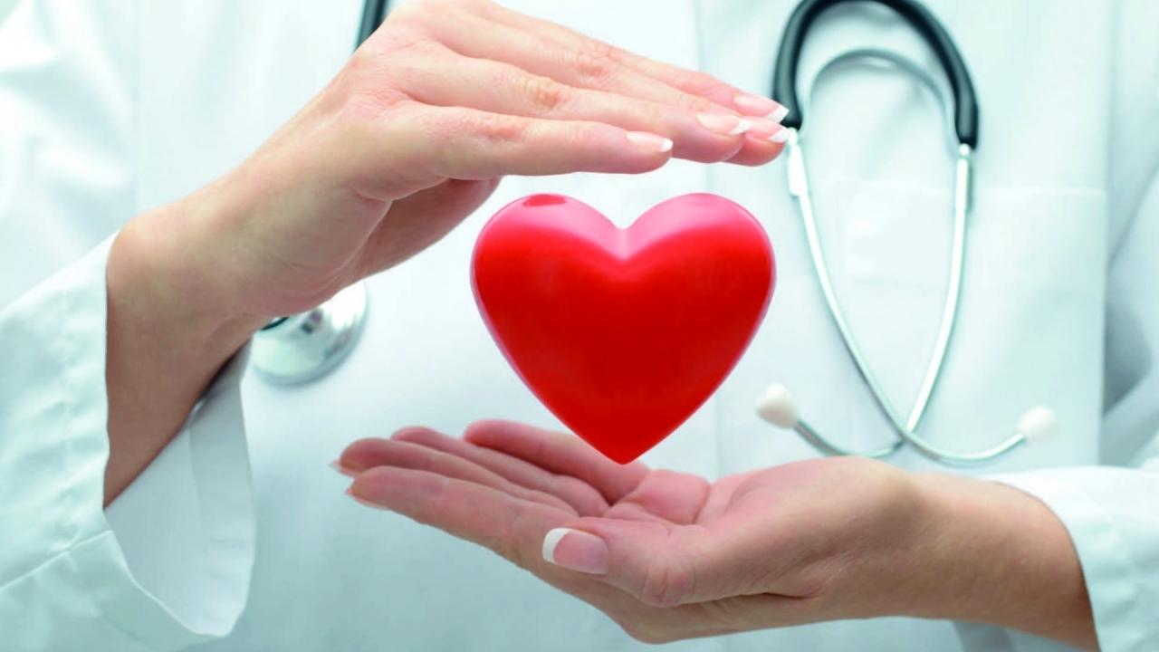 Visita specialistica + elettrocardiogramma